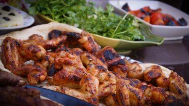 صورة طريقة عمل أجنحة الدجاج المشوية بالتمر الهندي الحار